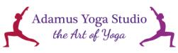 Sie sehen das Logo vom Adamus Yoga Studio.